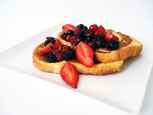 gluten free dairy free high protein healthy nutritious french toast Susan Biali Le Physique Personal Trianing
